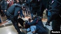 Protestë në Serbi
