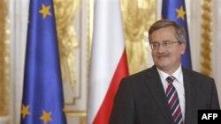 Tổng thống Ba Lan Komorowski đến thăm Hoa kỳ và sẽ hội kiến với Tổng thống Obama tại tòa Bạch Ốc vào thứ Tư