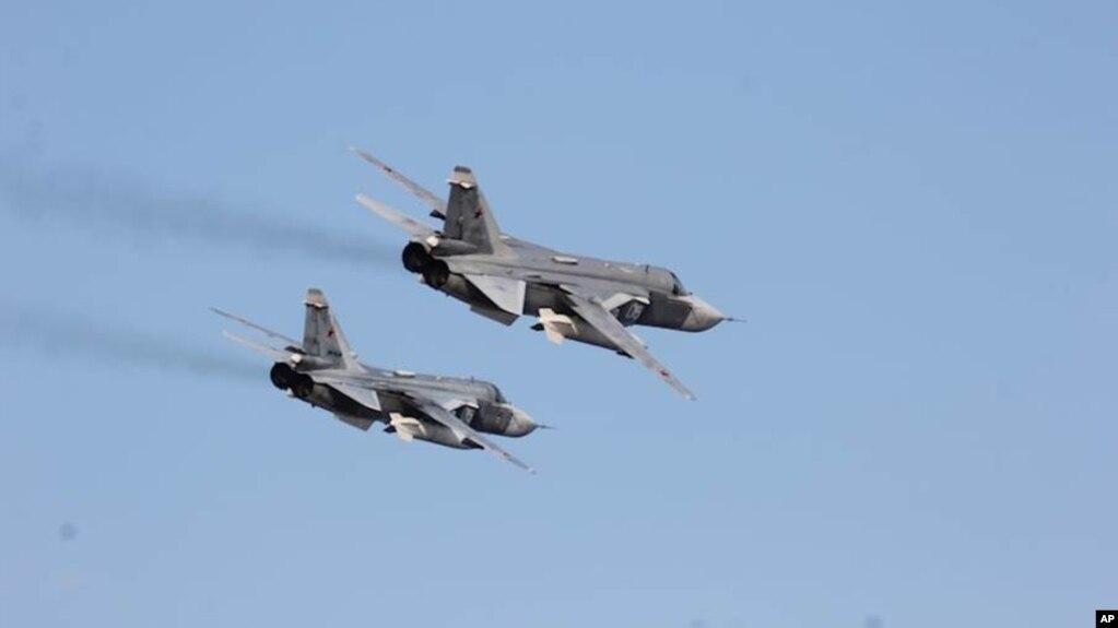 Máy bay chiến đấu Sukhoi.