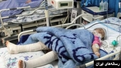 یک کودک قربانی آزار فیزیکی خانواده خود.