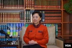 台湾外交部发言人高安 3月11日主持记者会 (美国之音申华拍摄)