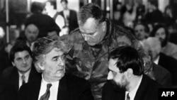 On binlerce masum insanın ölümünden sorumlu tutulan üç Sırp lider: Radovan Karaziç, Ratko Mladiç ve yeni yakalanan Goran Haciç (1993)