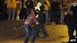 Беспорядки в Белфасте продолжаются вторые сутки