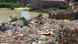 Lixo no Uíge sem recolha - 2:02