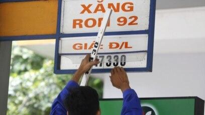 Thuế môi trường đánh vào xăng sắp tăng từ 1/1/2019 ở Việt Nam
