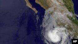 Imagen del huracán Bud, acercándose a las costas de México.