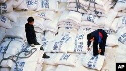유엔 세계식량계획 WFP의 대북 쌀 지원 (자료사진)