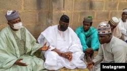 Kakakin Buhari, Malam Garba Shehu, hagu, Dauda Kahutu Rarara, dama (Instagram/Kannywoodcelebrties)