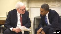 美國總統奧巴馬和億萬富翁投資家巴菲特(資料圖片)