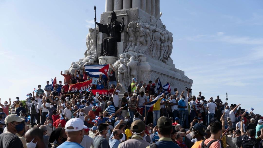 Người dân Cuba biểu tình đòi Chủ tịch Diaz-Canel từ chức