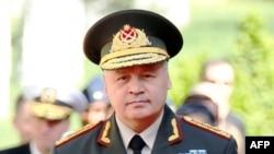Ադրբեջանի պաշտպանության նախարար Սաֆար Աբիև (արխիվային լուսանկար)