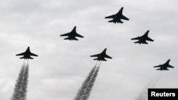 Không quân Indonesia nói cuộc diễn tập nhằm kiểm tra sức mạnh của quân đội và vũ khí cũng như cải thiện khả năng chiến đấu chuyên nghiệpREUTERS/Beawiharta
