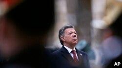 El presidente Juan Manuel Santos reanudó los ataques contra las FARC.