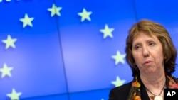 Bà Ashton bày tỏ hy vọng EU sẽ sớm chung quyết một thỏa thuận tự do thương mại với Việt Nam trước cuối năm.