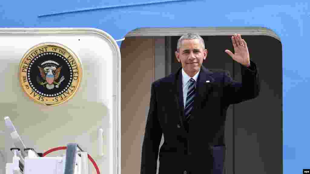 Báo Mỹ nói gì về chuyến thăm của Tổng thống Obama Chuyến đi thăm Việt Nam của Tổng thống Obama vào tuần tới đã khiến giới truyền thông Mỹ chú ý nhiều hơn tới các vấn đề trong quan hệ Việt-Mỹ. Một số tờ báo có uy tín đã đăng bài xã luận nói lên quan điểm của họ về ý nghĩa của chuyến đi thăm Việt Nam, về vấn đề Tổng thống Obama nên đề cập những đề tài gì với giới lãnh đạo Hà Nội.