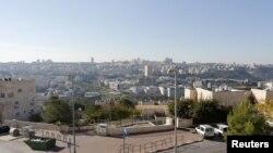 Suasana di Ramat Shlomo, di tepi Barat, sebelah Timur Yerusalem, yang diklaim sebagai wilayah Israel dan Palestina (Foto: dok). Para penyidik HAM PBB menyerukan agar Israel menghentikan kegiatan permukiman dan segera memulai proses penarikan pemukim dari wilayah Palestina.