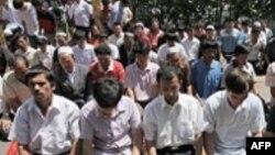 Пятничные молитвы в Урумчи