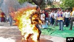 ادامه خودسوزی تبتی ها