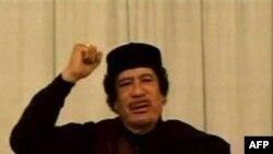 Муаммар Каддафі виступає по державному телебаченню