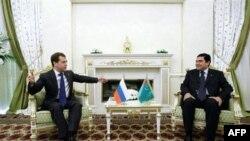 Türkmenistan Rusya'ya Daha Fazla Doğal Gaz Satmak İstiyor