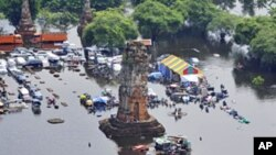 An aerial view of the Lokayasuttharam Buddhist temple in Ayutthaya province, central Thailand, submerged by the flood, Oct. 12, 2011