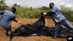 Descoberta de valas comuns com dezenas de corpos na Costa do Marfim