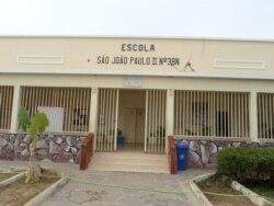 Autoridades e população discordam sobre fim do analfabetismo no Namibe - 2:07