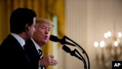 川普總統在與意大利總理孔特在白宮聯合舉行的記者會上講話。(2018年7月30日)