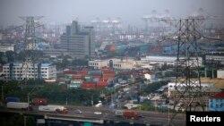 Khu vực tự do mậu dịch Shanghai, Pudong district. Hình minh họa.