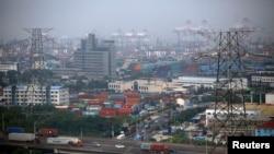 Khu mậu dịch Tự do Phố Đông ở Thượng Hải