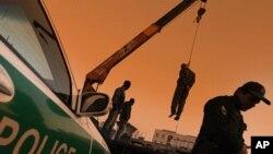 به دار آویختن ۲۲ نفر در ایران
