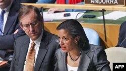 Đại sứ Hoa Kỳ tại LHQ Susan Rice nói rằng quyết định này là một lời khiển trách gay gắt giới lãnh đạo Libya nhưng đó là do họ tự chuốc lấy