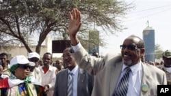 Madaxweyne Shariif oo Raalli-galin u Jeediyey Somaliland