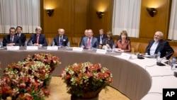 На переговорах по иранской ядерной программе. Женева. Швейцария. 24 ноября 2013 г.