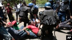 Government Workers Harare Zimbabwe Protests