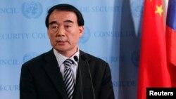 Wakil Menlu China Li Baodong meragukan pertemuan China-Jepang di sela-sela KTT G-20 di Rusia (foto: dok).
