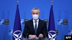 نیٹو چیف نے خبردار کیا کہ افواج کے انخلا کے دوران کسی بھی حملے کی صورت میں نیٹو اتحاد کی جانب سے بھرپور جواب دیا جائے گا۔