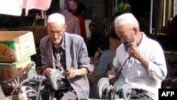 Người sắc tộc Uighur theo đạo Hồi ở Tân Cương, Trung Quốc