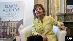 """La escritora chilena Isabel Allende, durante la presentación de su libro """"Mas allá del invierno"""" ."""