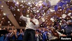 El candidato oficialista Juan Hernández sigue a la cabeza en el escrutinio de los votos en Honduras.