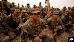 지난 2009년 이라크 바그다드에 파병된 미 제8기갑연대 3대대 군인들. (자료사진)