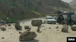 ریزش کوه در مناطق زلزله زده