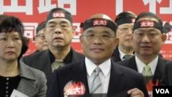 民進黨主席蘇貞昌等1月4號在記者會上(總統府照片)