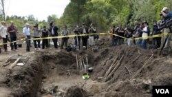 Los restos óseos se encontraron en la base militar de Toledo, a unos 40 kilómetros al norte de la capital de Uruguay, Montevideo.