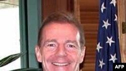 Phó Trợ Lý Bộ trưởng Ngoại giao Hoa Kỳ đặc trách các vấn đề Tây bán cầu Craig Kelly, dẫn đầu phái đoàn Mỹ trong cuộc đàm phán với Cuba về vấn đề di trú