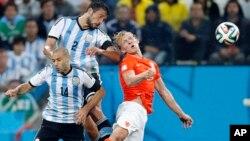 Cabezazos en el Mundial de Brasil: ahora señalan los peligros de este tipo de jugada.
