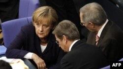 Angela Merkel na pregovorima o spasavanju Grčke