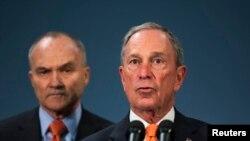Šef njujorške policije Ray Kelly i gradonačelnik Michael Bloomberg