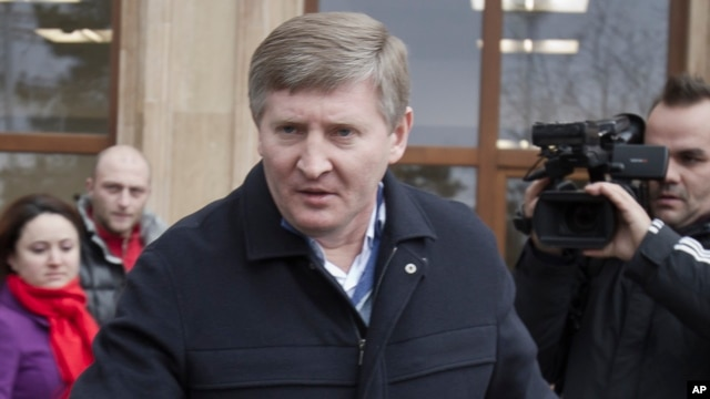 Eastern Ukrainian steel and coal magnate and Shakhtar Donetsk's soccer club owner Rinat Akhmetov, in Bucharest, Romania, Sunday, Jan. 8, 2012