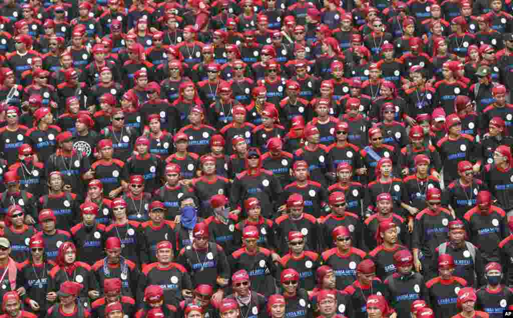 Indonežanski radnici na prvomajskom maršu u Džakarti.